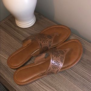 Worn once. Franco Fortini sandals. Size 8.5